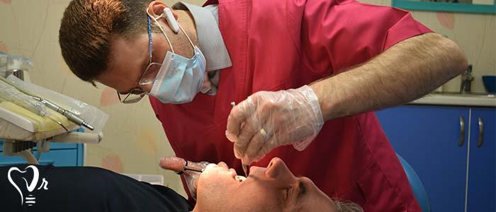 بهترین دندانپزشک در غرب تهران - رعایت بهداشت و استریل بودن وسایل مطب