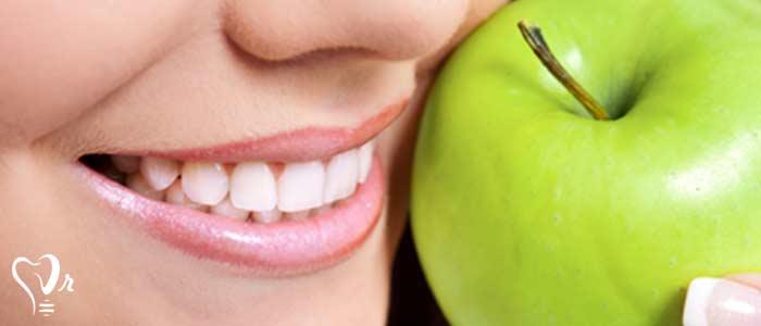 مواد غذایی مضر دوران درمان ایمپلنت