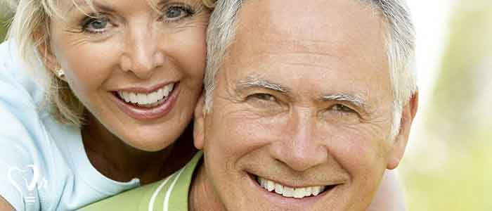 کاشت ایمپلنت دندان - عمل ایمپلنت دندان